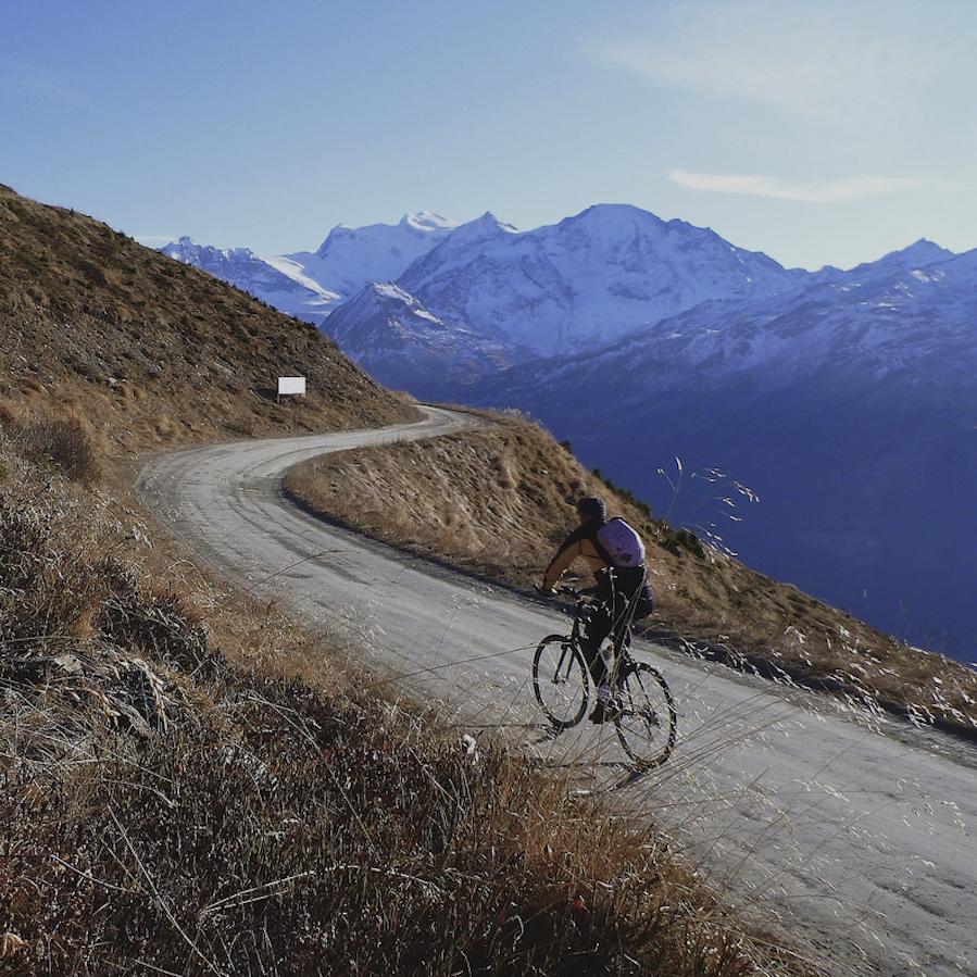 croix-de-coeur cycling